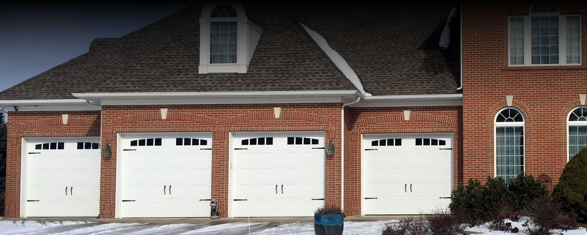 Superior Garage Door Intaller Michigan